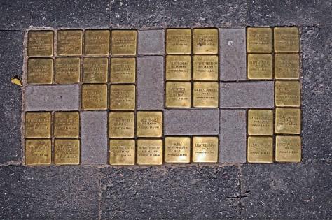 Stolpersteine in Hamburg (Quelle: Wikipedia)