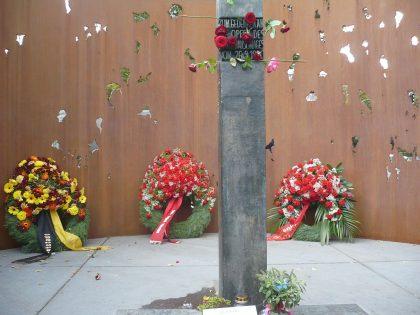 Das Denkmal für die Opfer des Wiesn-Attentats 1980